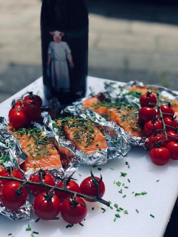 Butcher Pinot Noir, Weingut Schwarz, Productfoto fles, wijnfles Martijn van Vulpen